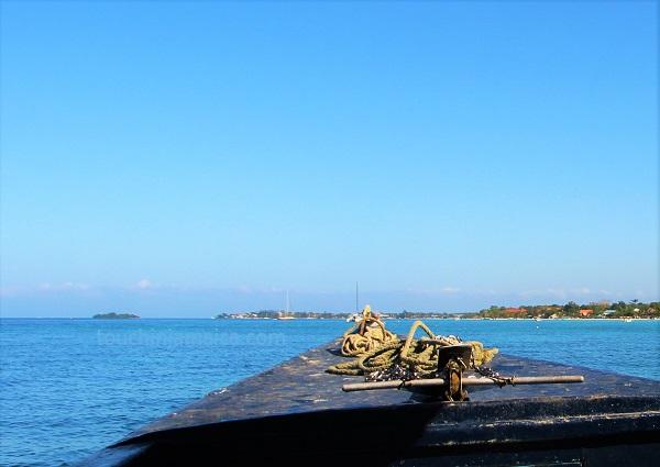 Booby Cay auf 9 Uhr