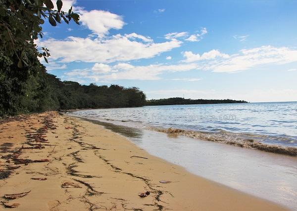 Bluefields Publics Beach